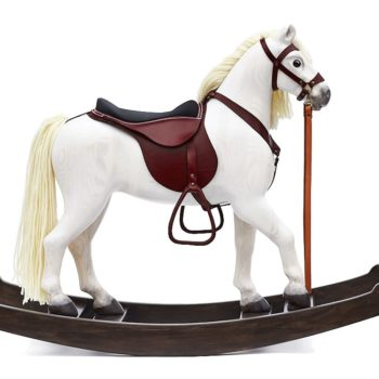 Royal Spinel White with redbrown saddle