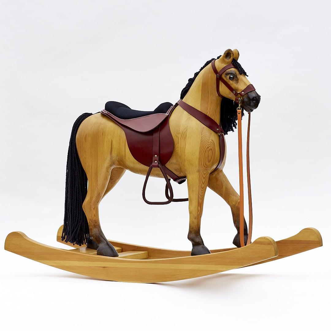 Originální dřevěný houpací kůň, barevné provedení plavák